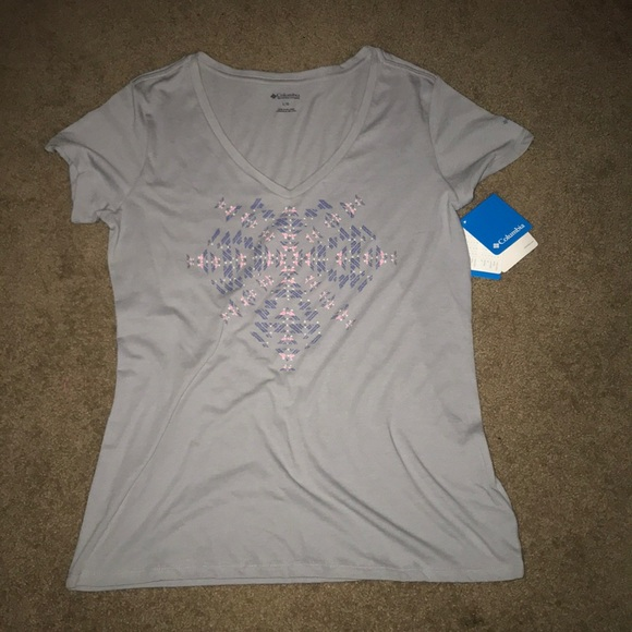Columbia Tops - Columbia size large women's T-shirt NWT